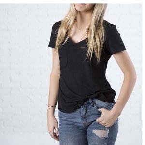 Tops - NWT black v-neck tee with pocket